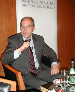 Ex-Senator Gregor Gysi